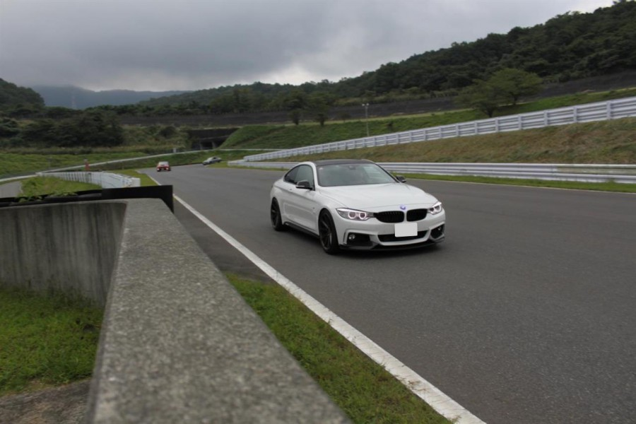 S.Iさん:BMW 435 coupe with VFS-1